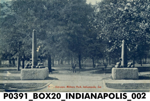 1909 Military Park entrance (Indiana Historical Society)