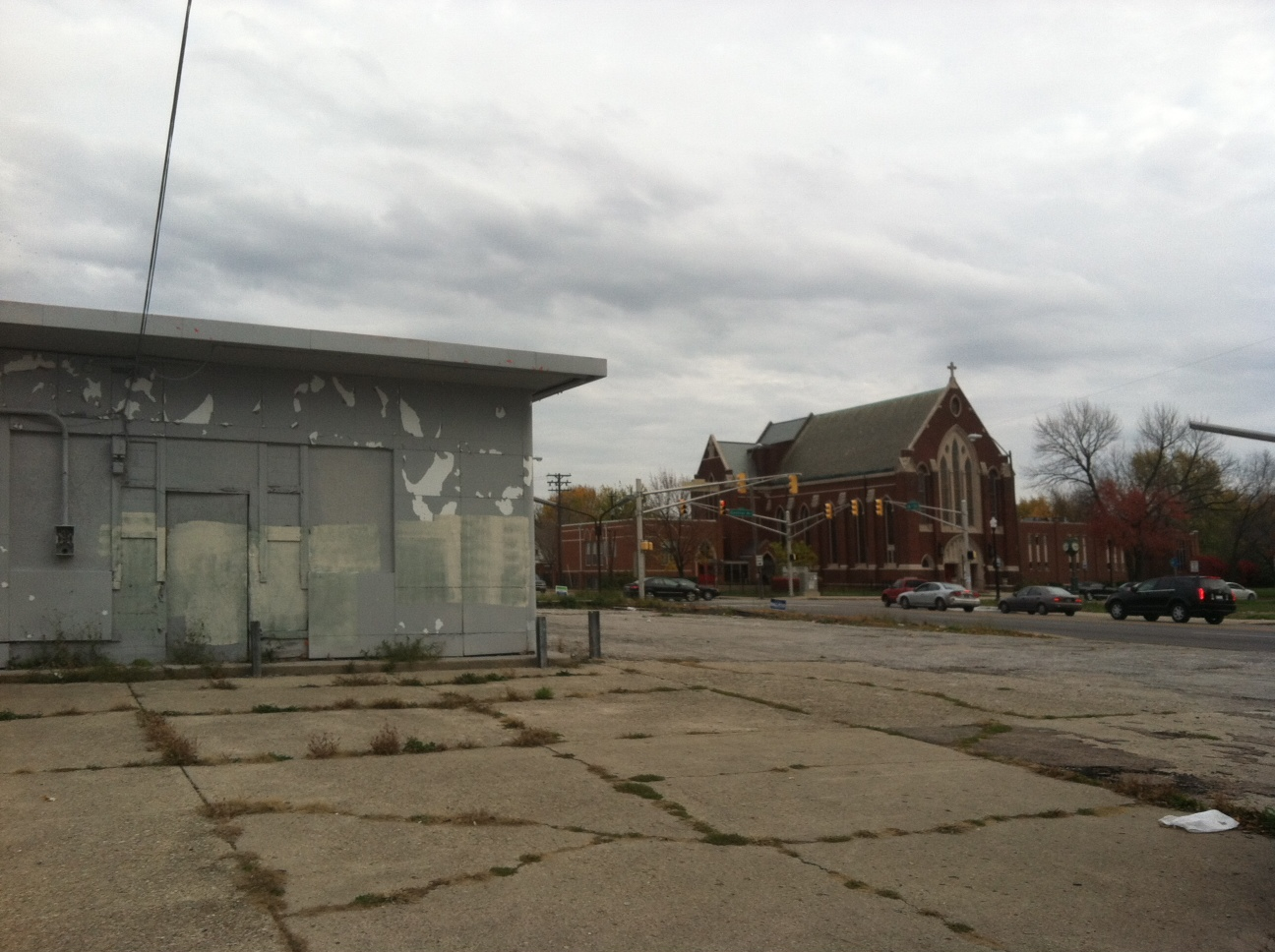 WTH? Check out that beautiful Historic Neighborhood… gas station?