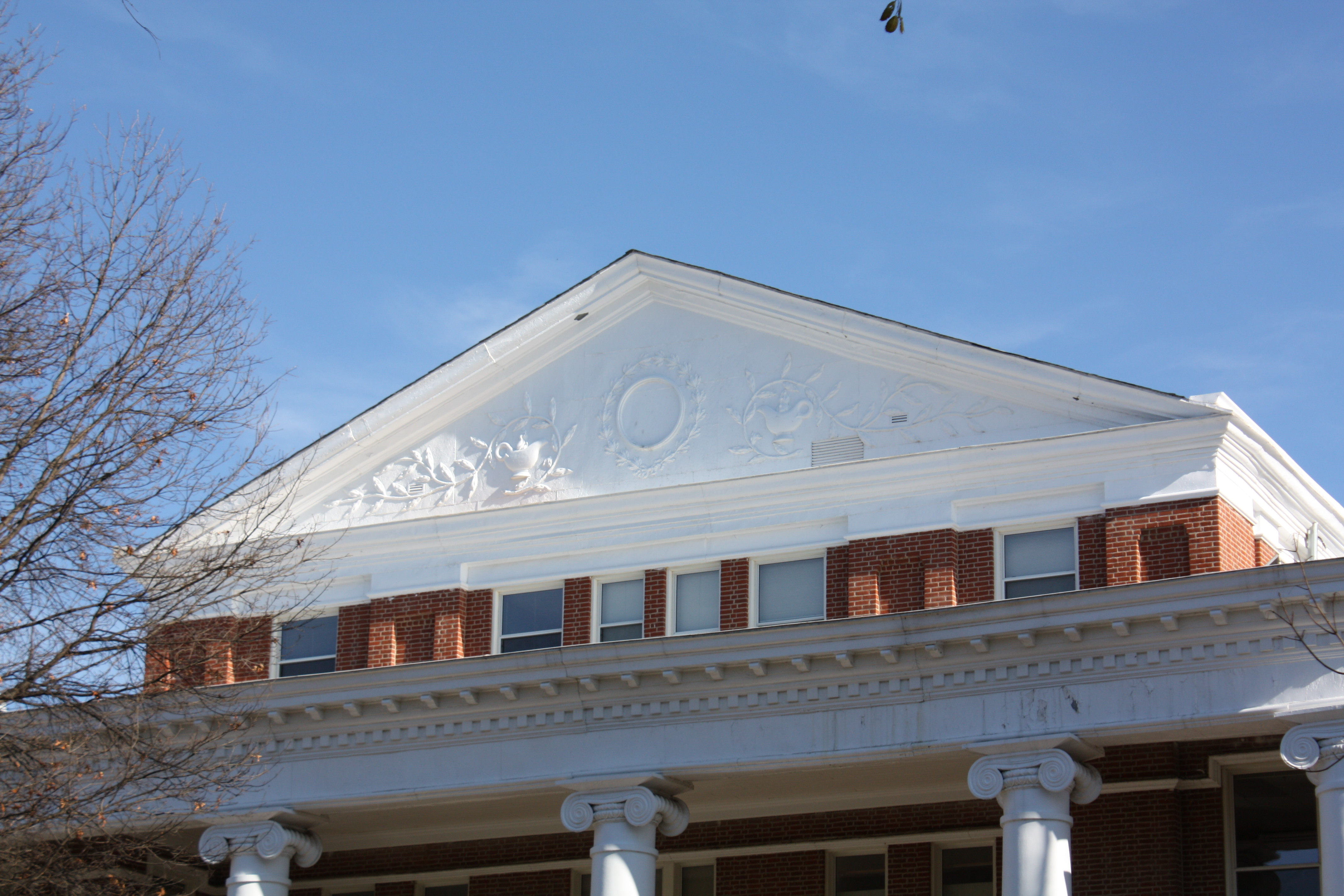 Building Language: Pediment
