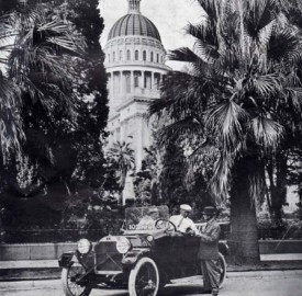 Ray Harroun in the Henderson Motor Car entry at California State Capitol in Sacramento