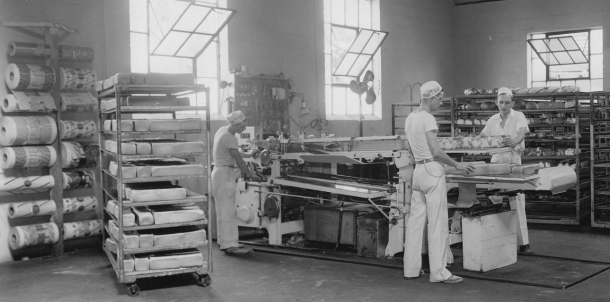 Wrapping bread, Courtesy of IUPUI University Library, Neighborhood of Saturdays Collection