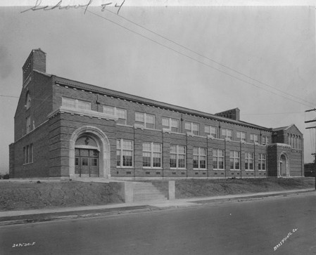 Public School no. 84, Joseph J. Bingha, 1928. (Bass Photo Co Collection, Indiana Historical Society).