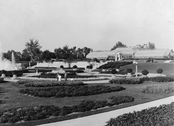 The original conservatory and greenhouses were built in 1915 (Bass Photo Company Collection, INDIANA HISTORICAL SOCIETY)