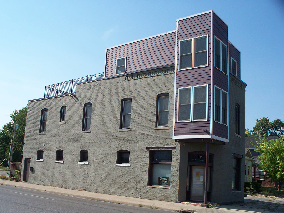 HI Mailbag:  Building at E. 16th Street and Columbia Avenue
