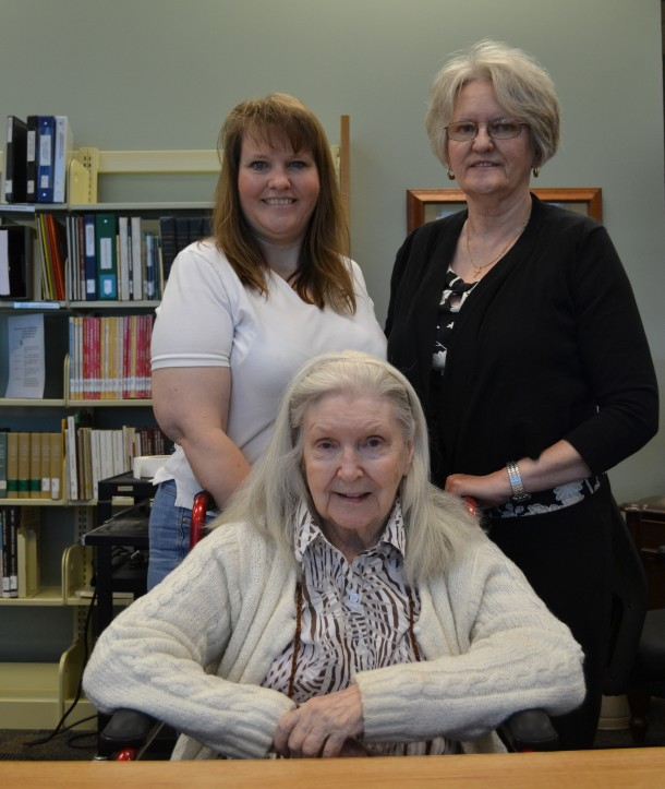 Lillian with her granddaughter Brigette Jones (left) and daughter Diane Cook??? (right).