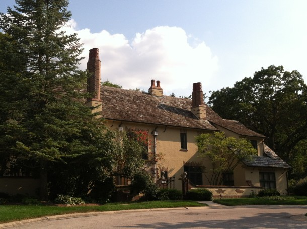 The Holcomb home today, which has been converted into several apartments amidst the Holcomb Estate condos. Photo by Ellen Davis.
