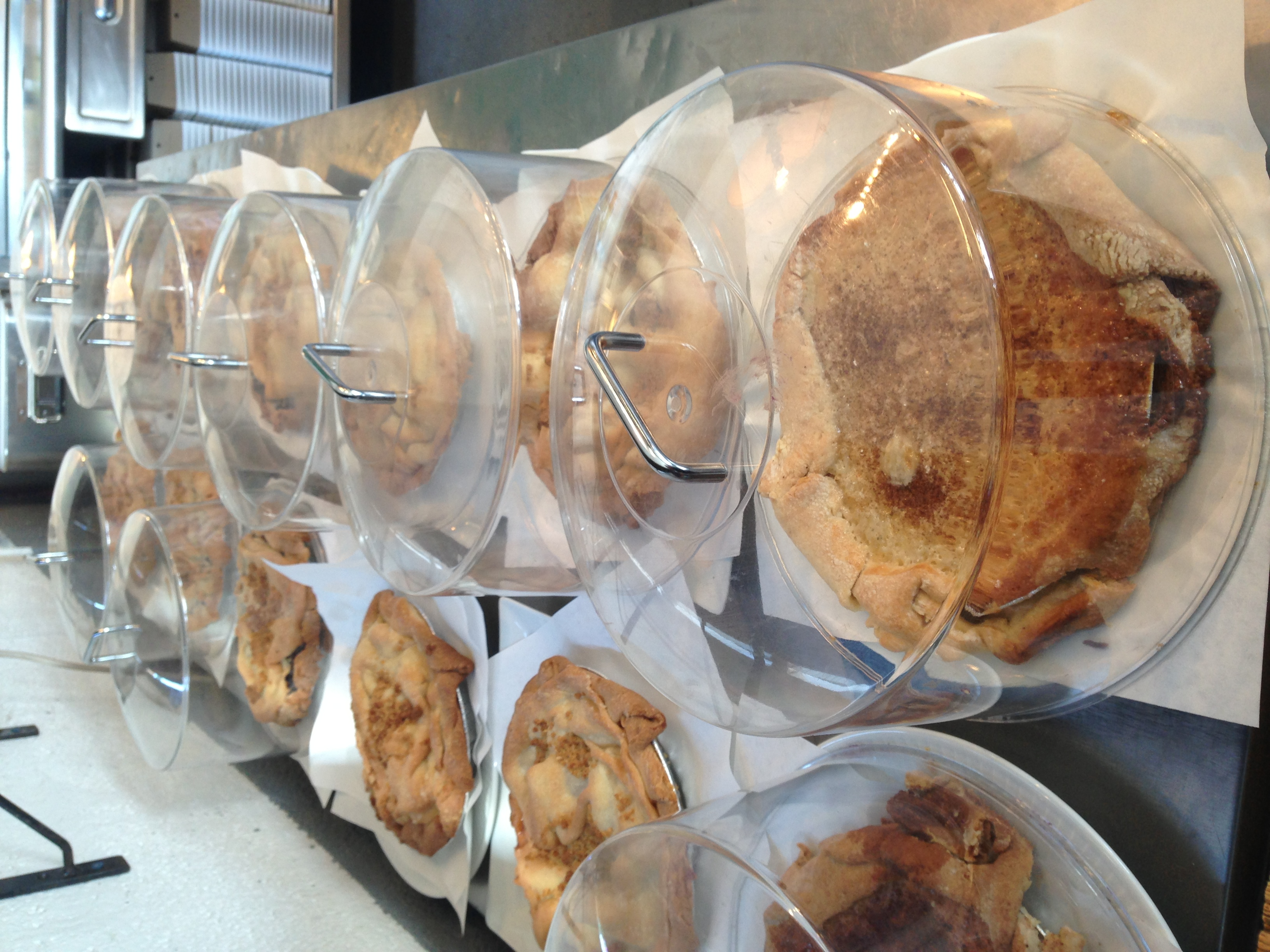 pies in history Italian heritage, history, ethnicity, genealogy, immigration, recipes, anecdotes, etymology, and travelogue  two easter pies and a lot of confusion.