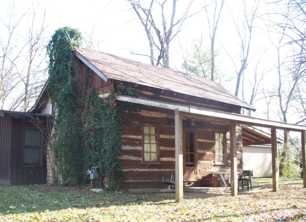 Cabin on the former Fitch property dates to the 1800s (photo by Sharon Butsch Freeland)