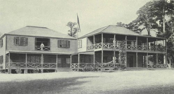 Stevenson family home in Valilima, Samoa (photo from )