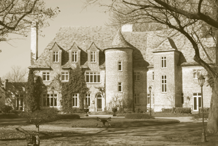 Friday Favorite: Four Winds Estate