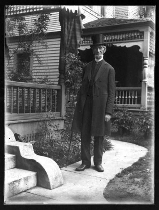 Daniel Lyon in front of 1945 N. Pennsylvania Street (Courtesy of the Indiana Historical Society, Mary Lyon Taylor Collection, #369)