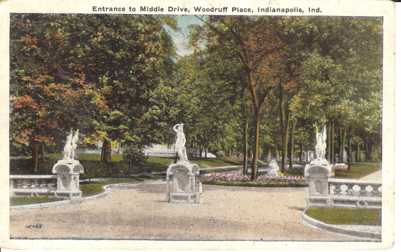 A postcard depicting the entrance to Woodruff Place Park. (attribution: )