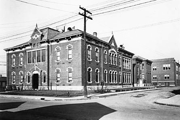 Robert Dale Owen School 12   (W. H. Bass Photo Company Collection, courtesy of the Indiana Historical Society)