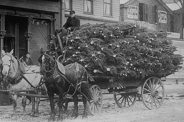 1915 Christmas Tree delivery wagon