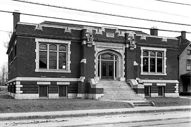 Indianapolis Public Library #3 at 2922 East Washington Street (Wm. H. Bass Photo Company Collection, courtesy of Indiana Historical Society)