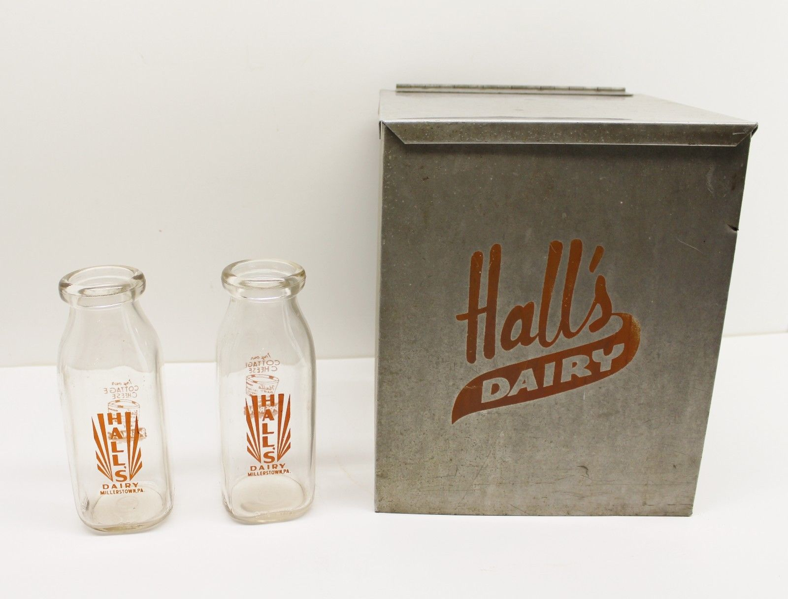 During the day of the milkman, fresh dairy products would be placed in a box like this that was made of stainless steel or wood. Daily deliveries were necessary due to lack of reliable refrigeration. (Courtesy eBay)