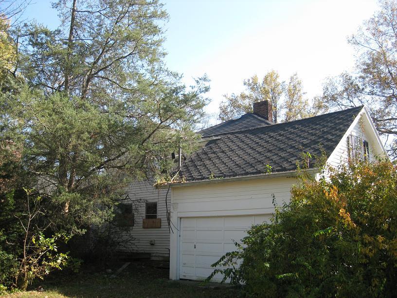 house-blog-looking-southeast-garage