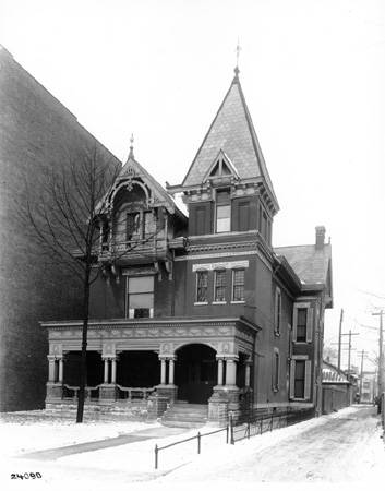 Then & Now: Indiana Democratic Club/Indiana War Memorial, 22 E. Vermont Street
