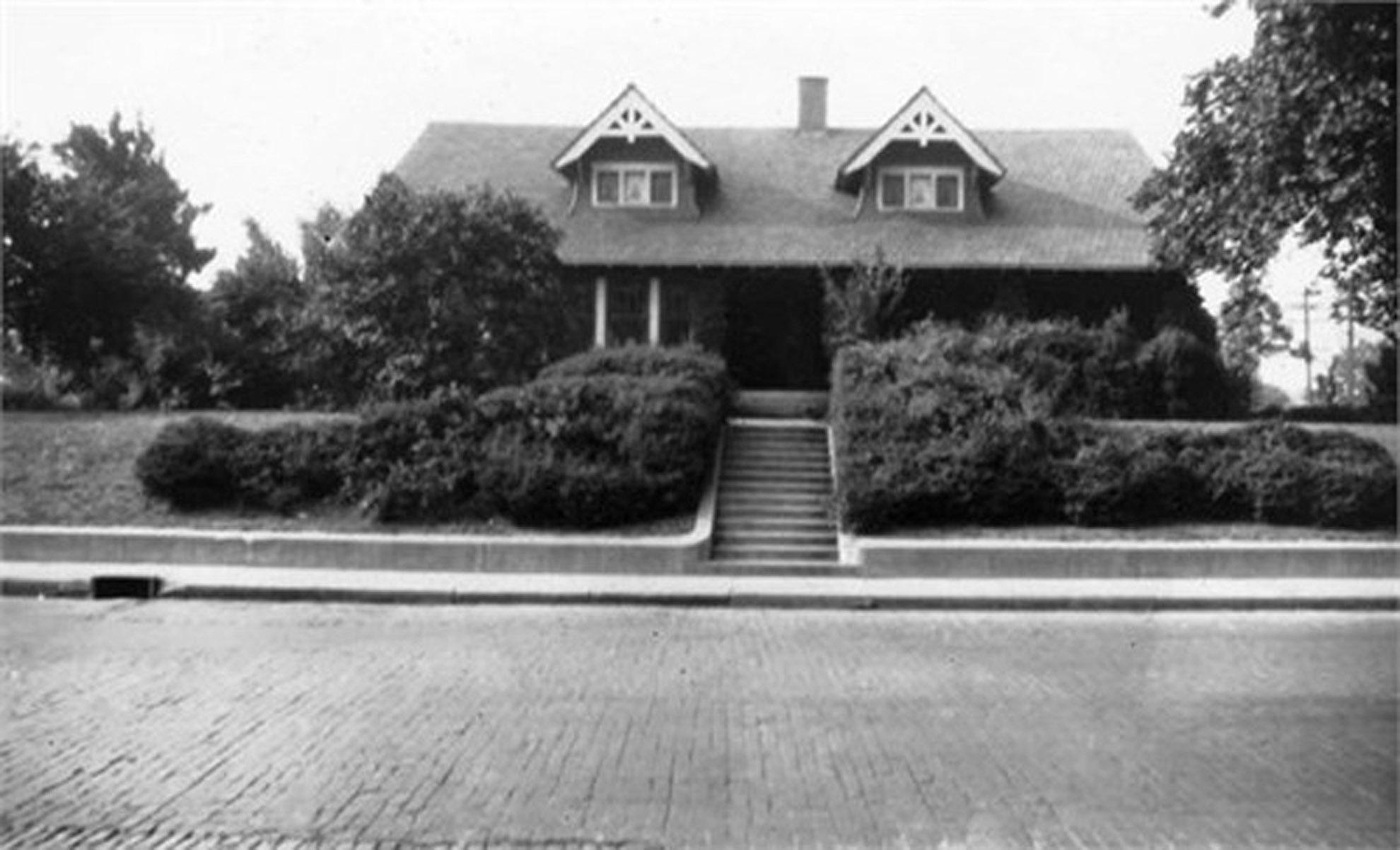 HI Mailbag:  The Lohrmann Residence