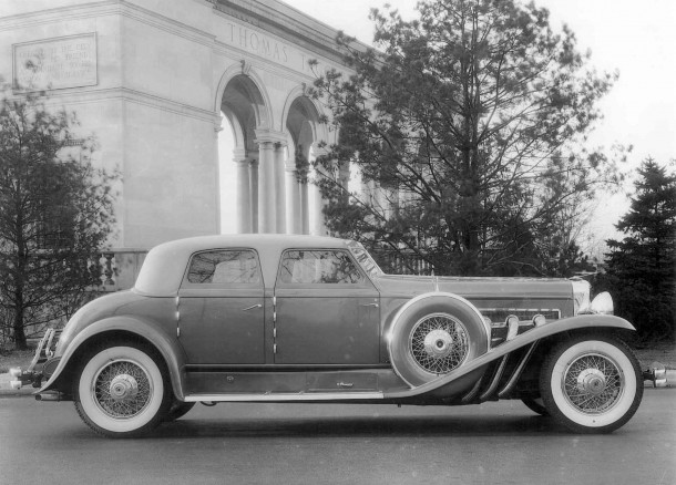 Twenty Grand Duesenberg at the Thomas Taggart Memorial Copyright © Auburn Cord Duesenberg Automobile Museum