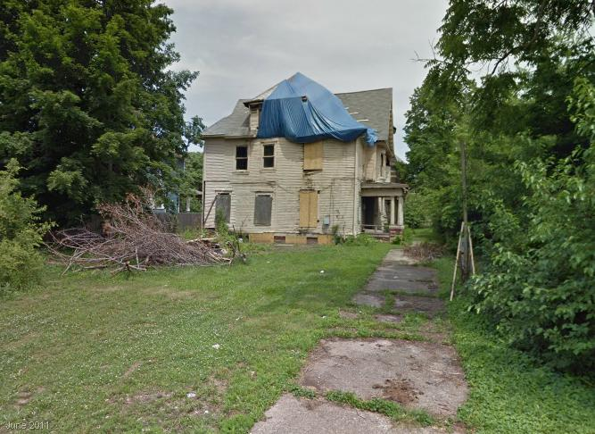 The back of the property, as seen in June 2011. (© Google Maps 2013)