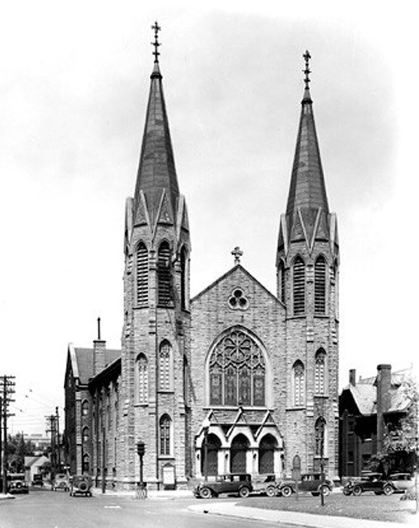 Meridian Street Methodist's fourth home was on the northwest corner of Meridian and St. Clair Streets (Bass Photo Company Collection, INDIANA HISTORICAL SOCIETY)
