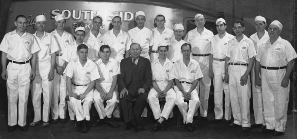 Kraft's South Side Baking Company employees, Courtesy of IUPUI University Library, Neighborhood of Saturdays Collection