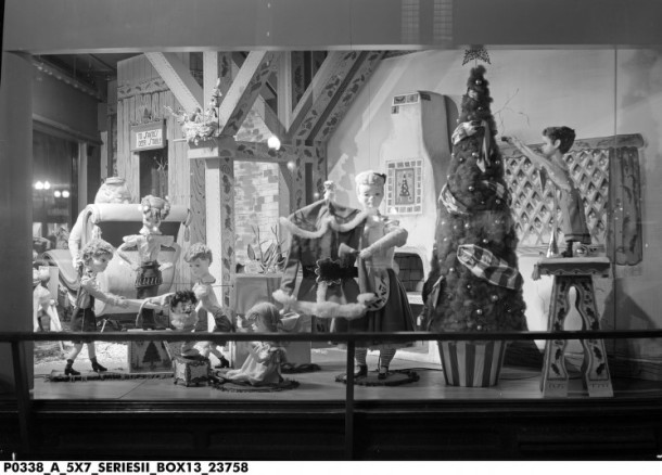 Santa's Workshop, a window display at L.S. Ayres, 1940s. INDIANA SHISDLKFJSDLKFNSDF.
