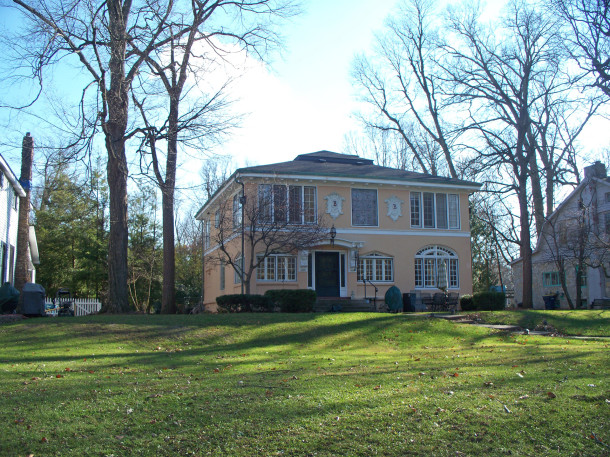 Riverfront home was built in 1922 by Mr. Barr (photo by Sharon Butsch Freeland)