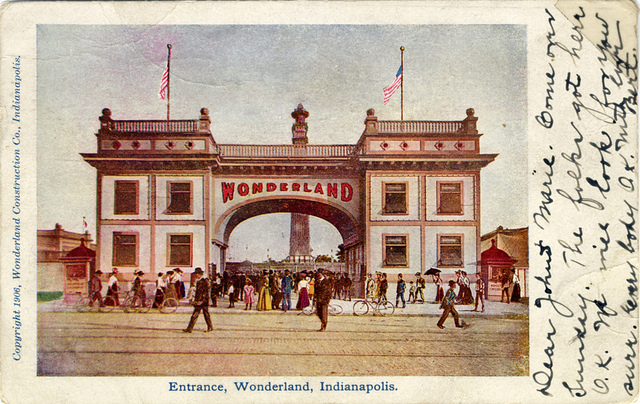 Saturday in the Park: Wonderland Amusement Park