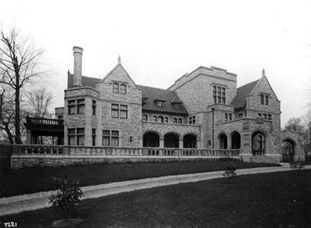 1906 photo of Frank and Clarissa Van Camp's residence at 2820 N. Meridian Street shortly after the home was completed (W. H. Bass Photo Co. Collection image courtesy of the Indiana Historical Society)
