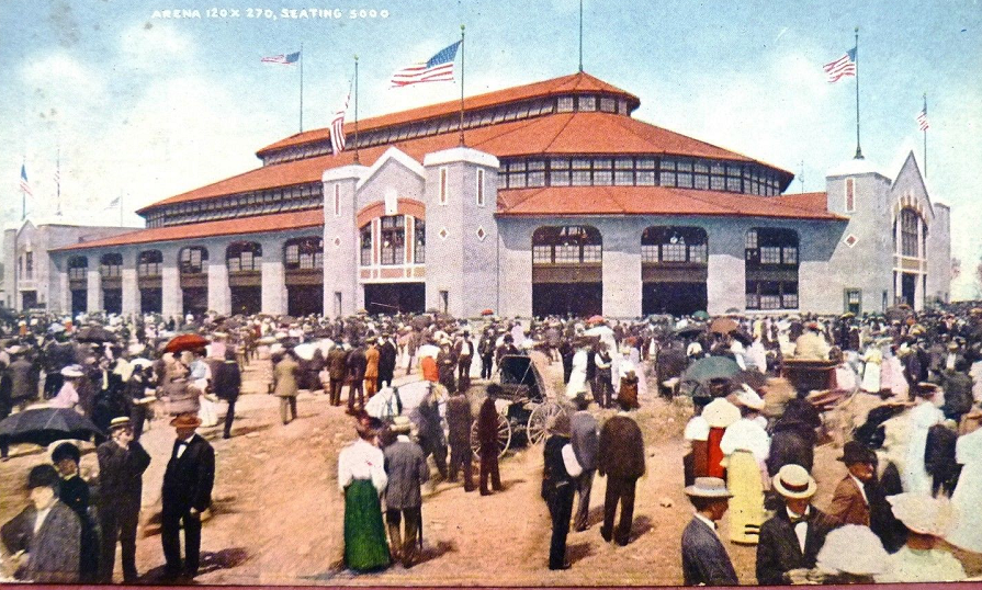The exterior of the 1907 fairgrounds coliseum that stood in the same location as the current structure (courtesy of eBay)
