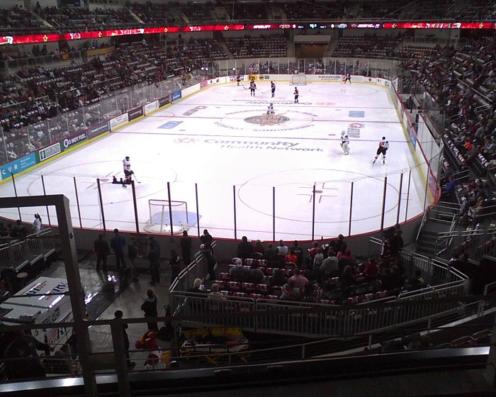 The Indy Fuel take the ice for the first time against the evil Fort Wayne Komets (courtesy Jeff Kamm)