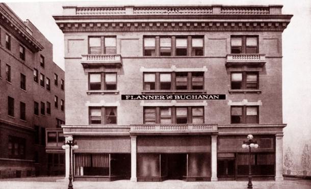 Flanner & Buchanan 320 N Illinois St