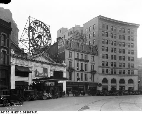 The southeast quadrant of Monument Circle as it looked in 1925. The Baldwin Building is adjacent to the Circle Theater. IPL Headquarters sported a much different look (Courtesy Indiana Historical Society, Bass Photo Company Collection)