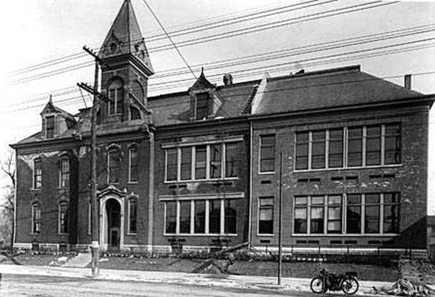 The original portion of School 8 was built in 1857 (W. H. Bass Photo Company Collection courtesy of the Indiana Historical Society)