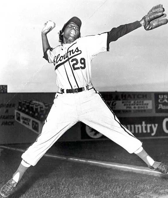 Toni Stone in a promotional shot for the Indianapolis Clowns (Courtesy Negro Leagues Baseball Museum)
