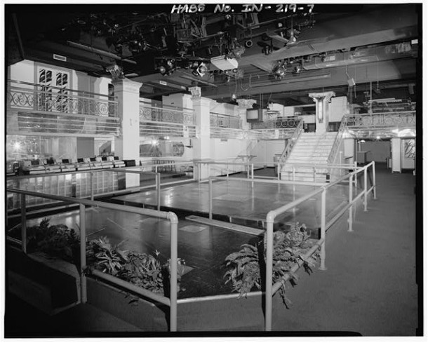 The fancy interior of the second location taken after the restaurant closed and awaited demolition (Courtesy Library of Congress)
