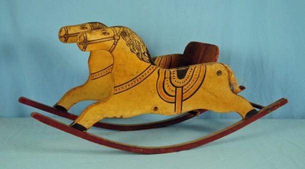1915 rocking horse