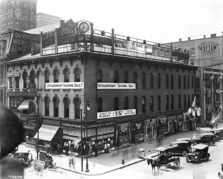 The Vinton-Pierce building was one of the oldest in the city when demolished in 1963. This was the long-time home of Weiss Delicatessen (Courtesy Bass Photo Company Collection, Indiana Historical Society)